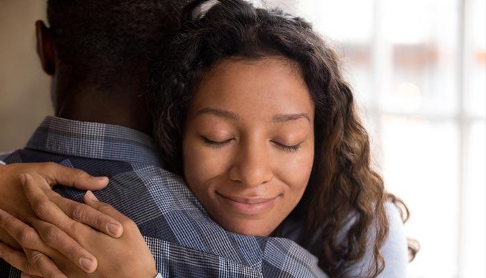 رابطه عاطفی بدون استرس